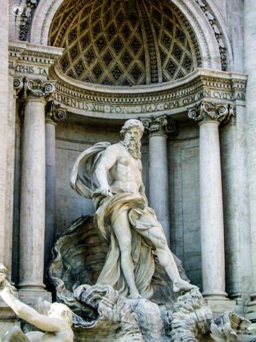 Close da Fontana de Trevi em o que fazer em Roma