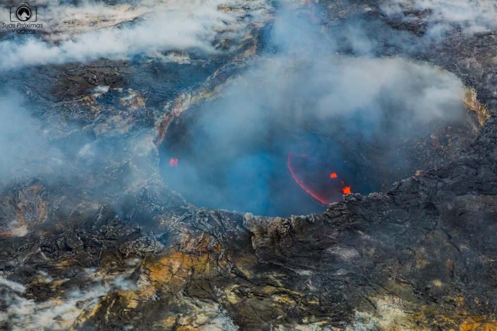 """Uma cratera no Kilauea mostra um """"Smile"""" nos Parques Nacionais"""