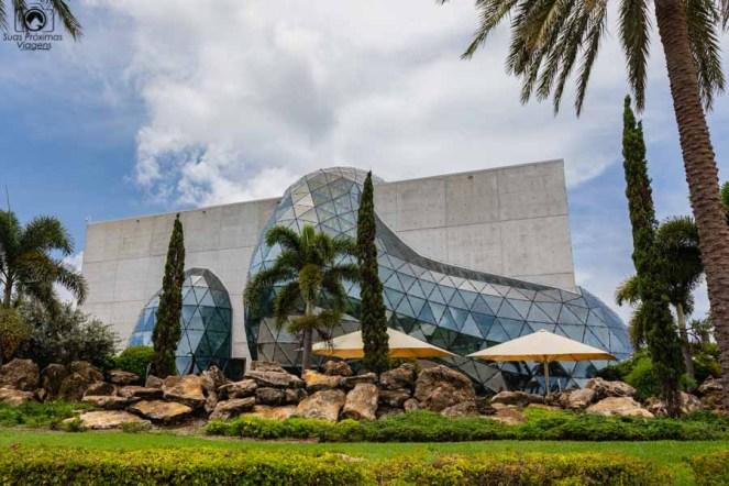 Fachada Externa do Dali Museum em o que fazer em Tampa