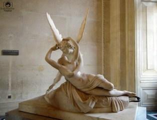 Beijo do Cupido em O Que Fazer em Paris