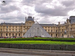 Museu do Louvre em Pontos Turísticos de Paris