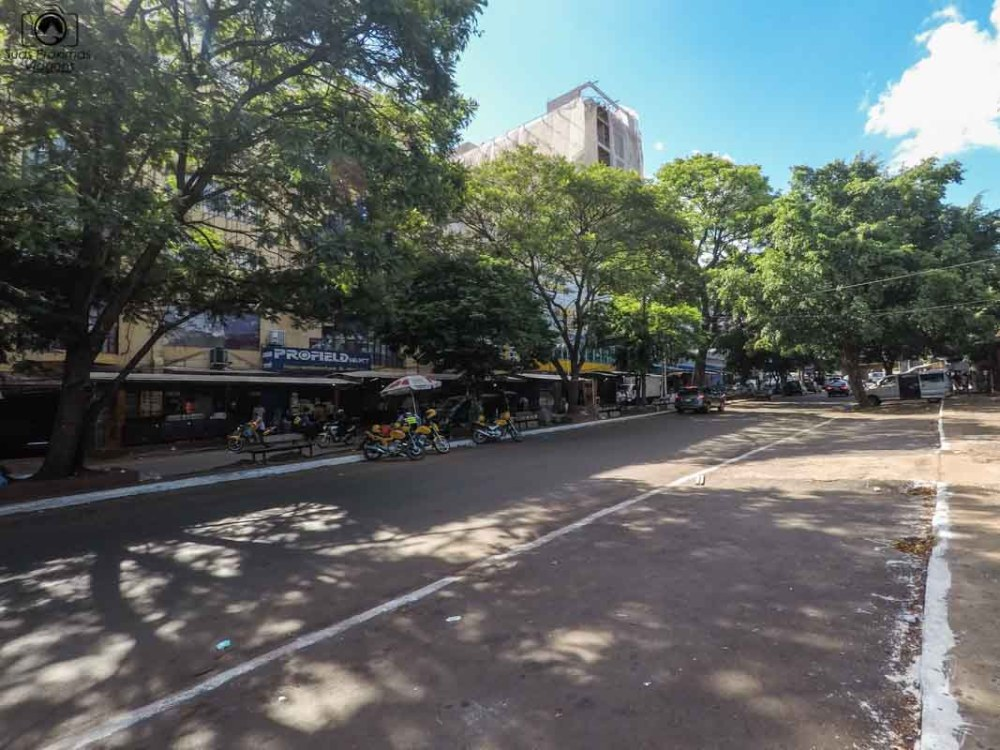 Vista de Ciudad del Este após as 17h, em Compras no Paraguai
