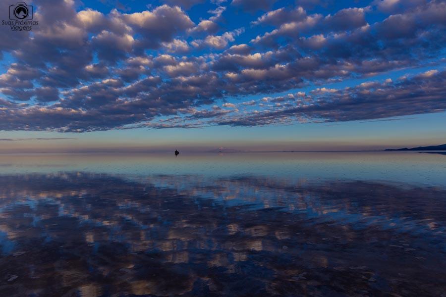 Foto do Amanhecer no Salar de Uyuni na Bolivia