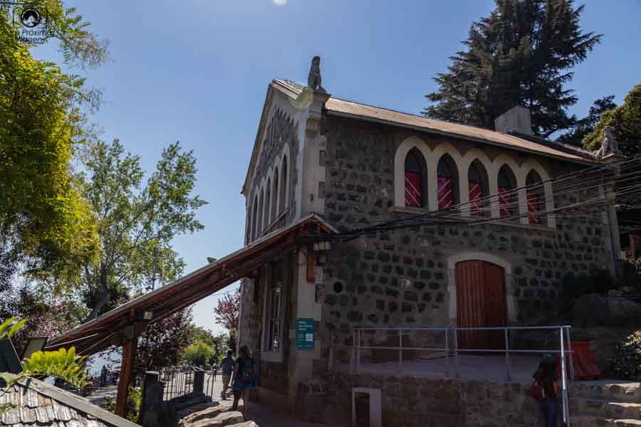 Imagem da Torre do Funicular no Parquemet em Santiago do Chile