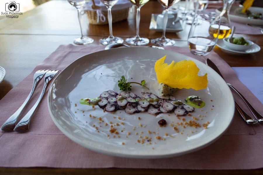 imagem da entrada 2 do almoço do restaurante clos apalta nos melhores vinhos chilenos