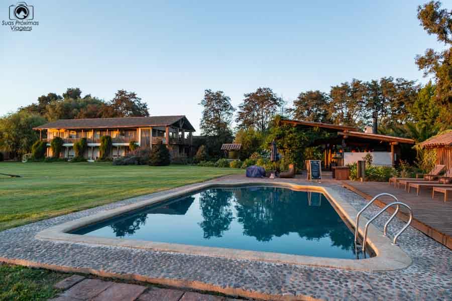 imagem da área piscina do hotel casa de campo no valle de colchagua
