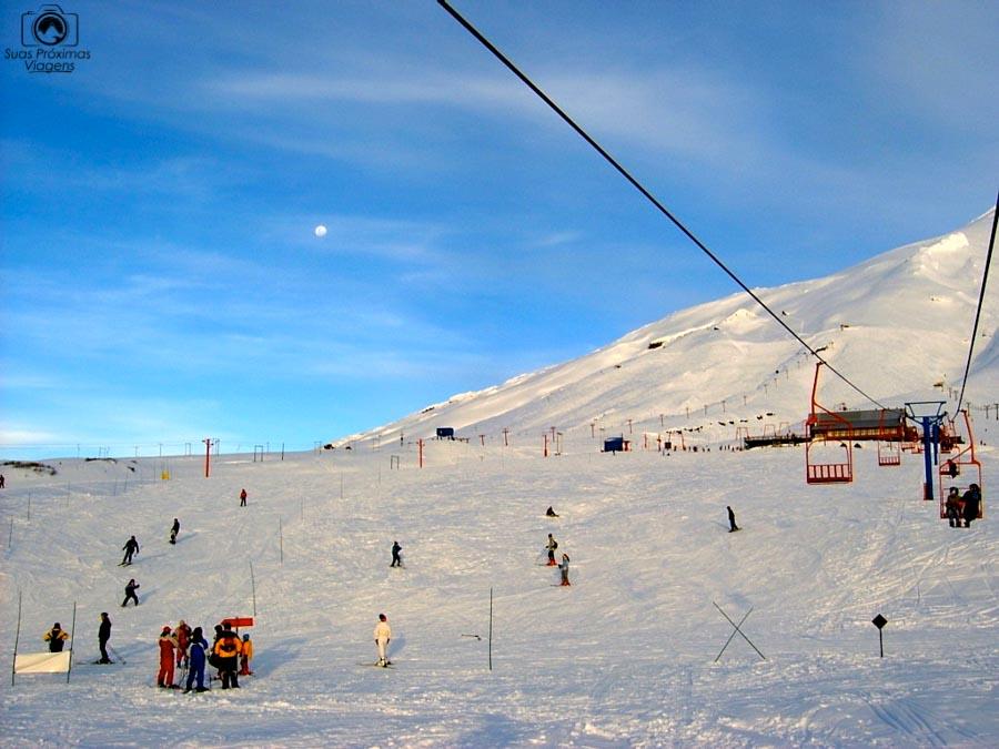 Imagem do teleférico do Vulcão Villarica em Puçon no Inverno