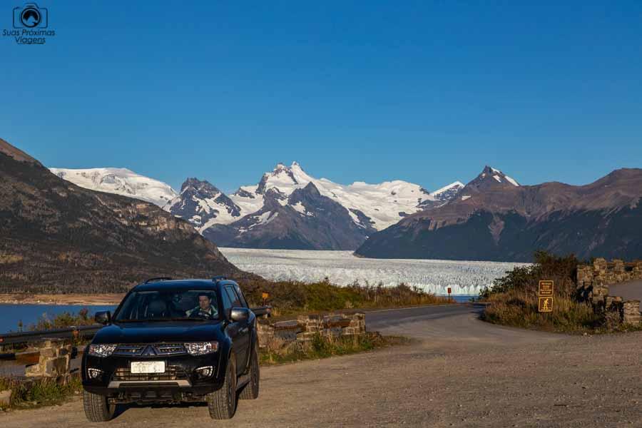 Imagem da chegada ao Perito Moreno no Parque Nacional dos Glaciares