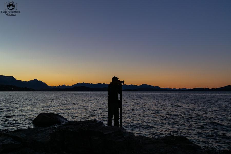 Imagem do Pôr do Sol no Lago de Bariloche