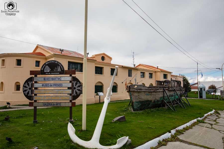 Imagem da entrada do museu marítimo em Ushuaia
