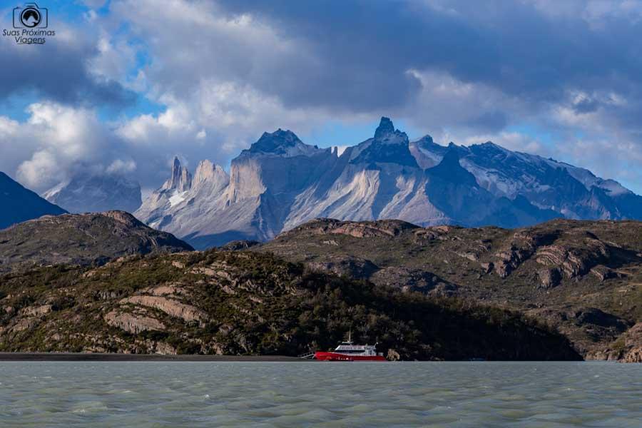 Imagem da navegação no lago grey