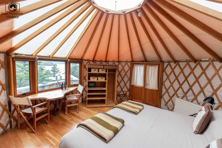 Glamping: imagem do interior do Yurt no Patagonia Camp