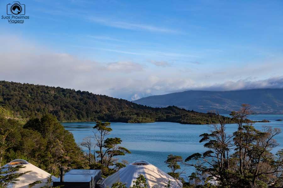 Imagem do Domus no topo dos yurts do Patagonia Camp