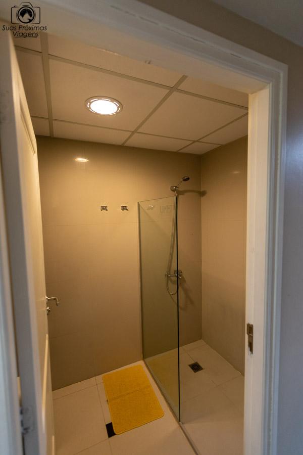imagem do chuveiro da suite do hotel Uno em onde ficar em Buenos Aires
