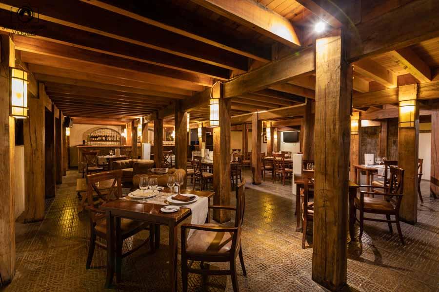 imagem do bar na vinícola Casa Silva