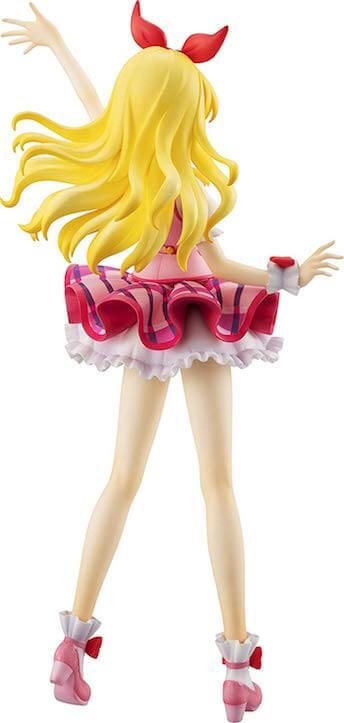 星宮いちご ピンクステージコーデ フィギュアの後ろからの画像