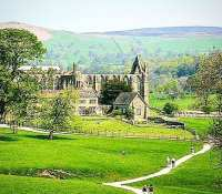 Hoping to get out on the bike tomorrow morning for a spin to #BoltonAbbey for a brunch at the #cavendishpavilion… Need to be back by around 1:45 but anybody is welcome to tag along. Can set off from Pool in Wharfedale or Rawdon whatever suits… So far participants uncle me and dad.