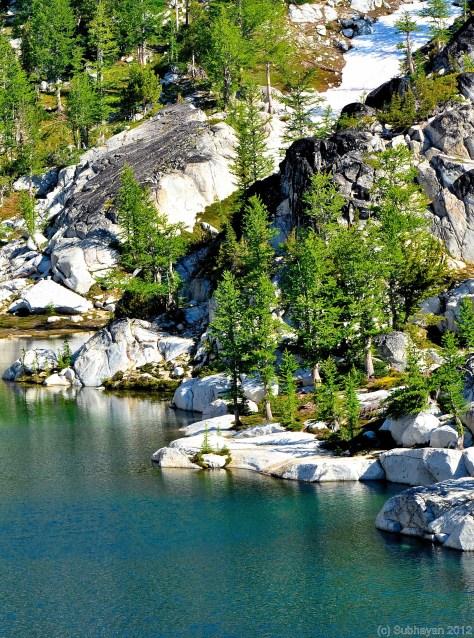 Lake side of Crystal