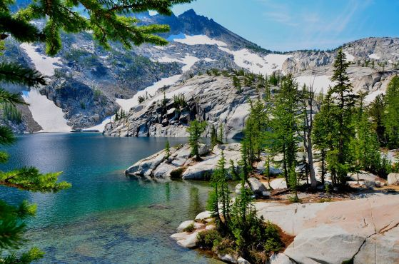 Leprechaun Lake and mountains of upper and lower Enchantments