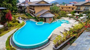 Swimming Pool-Temple Tree Resort and Spa
