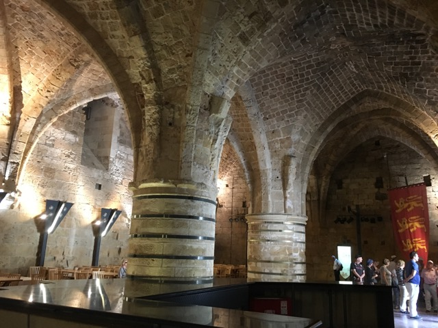 Travel with Kids - Dining hall of the Crusader Castle Akko in Northern Israel