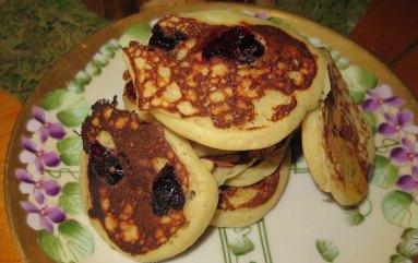 bluberry banana pancakes