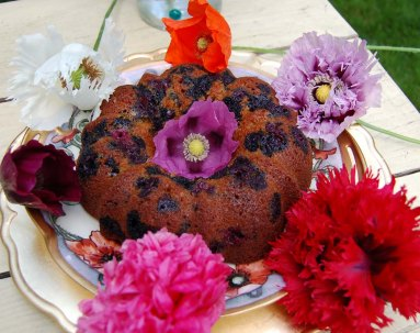 blueberry gingerbread and poppies