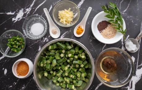 Ingredients for Vendakkai Puli Pachadi