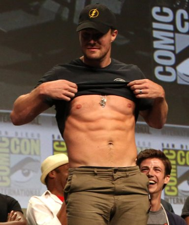 Stephen Amell...and his abs