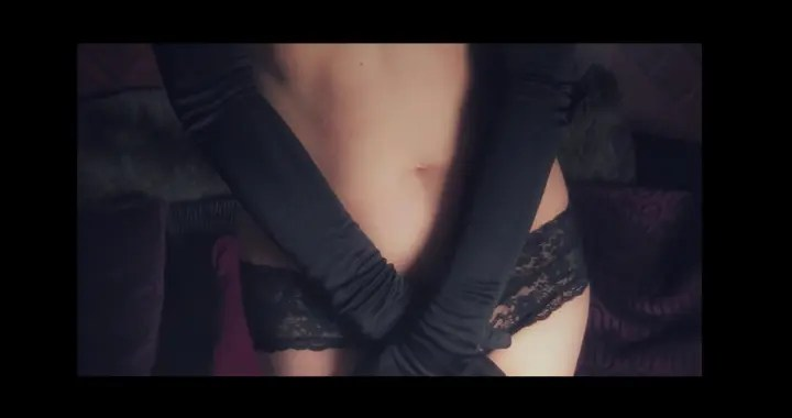 Glove and lace knickers