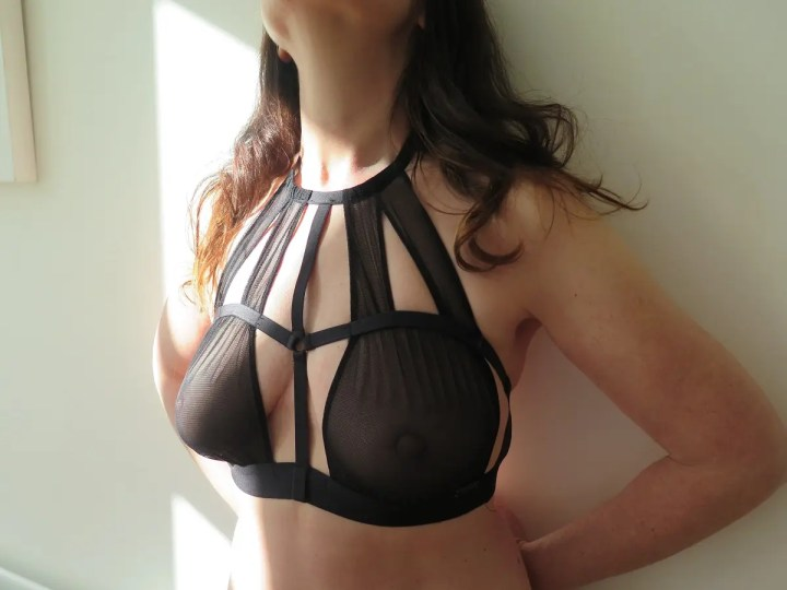 Lines and shapes - missy in bra