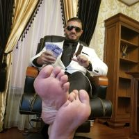 SUIT FEET CASH 3