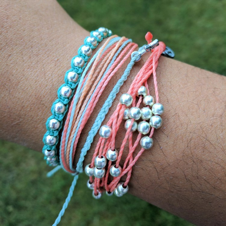 Pura Vida Bracelets Subscription Box Review - July 2017