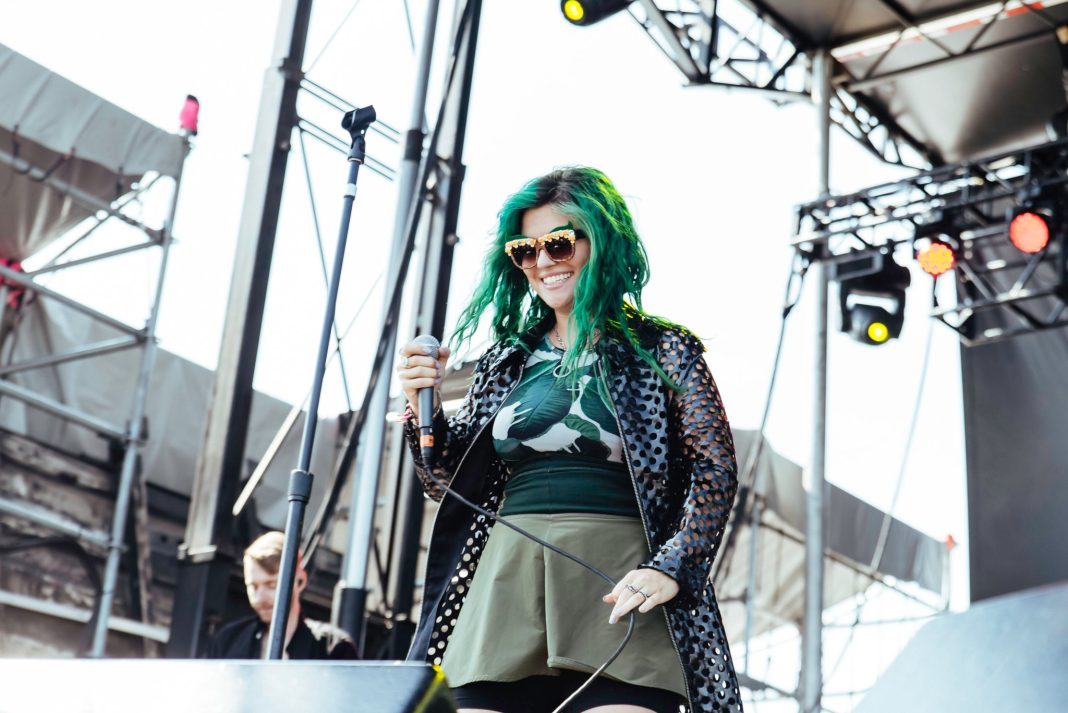 Phoebe Ryan live at Billboard Hot 100 Fest - by Molly Hudelson