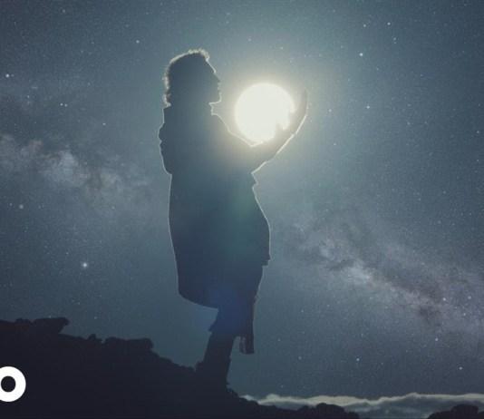 "Walk the Moon - ""One Foot"""