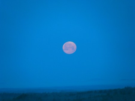 March full moon before setting,