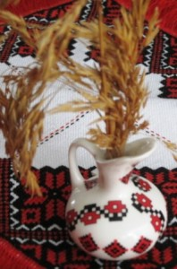 Christmas-Didukh-with-Oat-stalks-from-my-Grandfathers-farm-