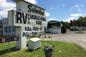 Mobile Home & RV Park - Ocala, FL
