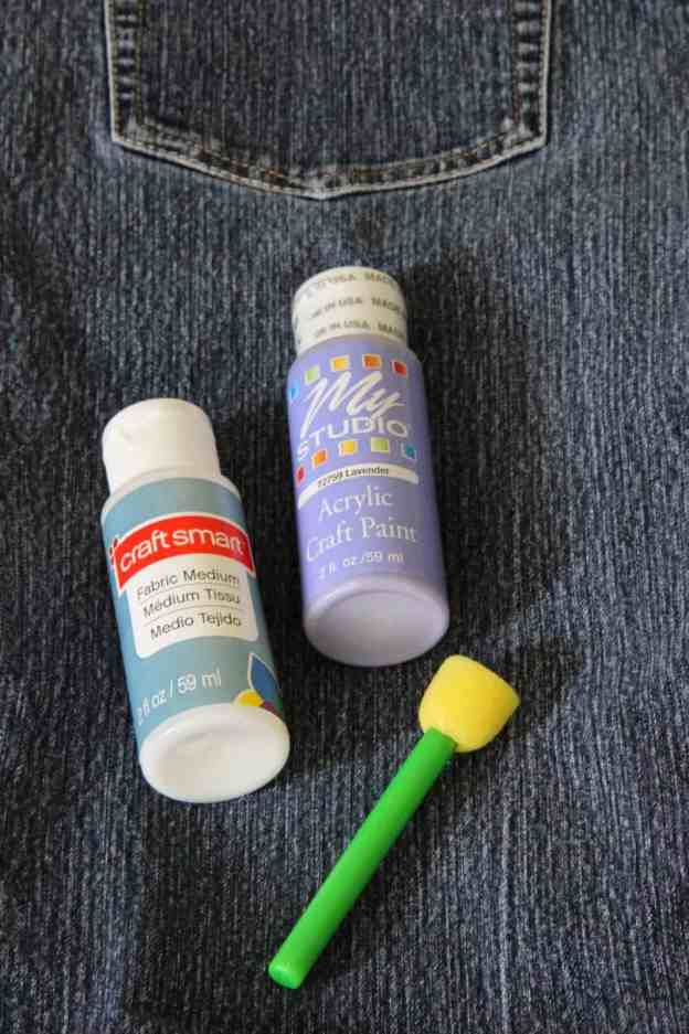 How to paint jeans
