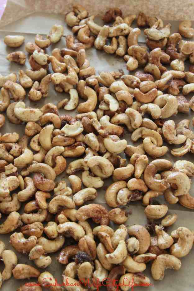 Cool on Brown Paper for Vanilla Cinnamon Sugar Cashews