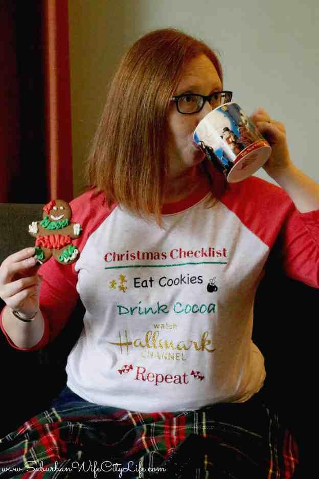 Christmas Checklist Shirt #CricutMade