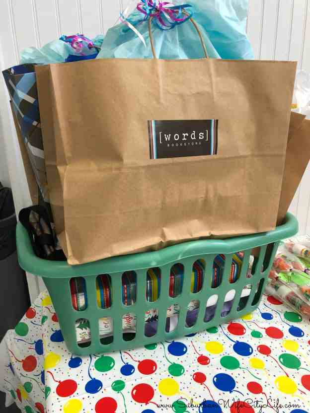 Tips for hosting an offsite party - Laundry Basket