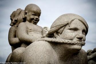 Madre-coraje-con-hijos