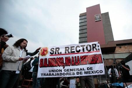 TOMAN RECTORIA EN LA UNAM