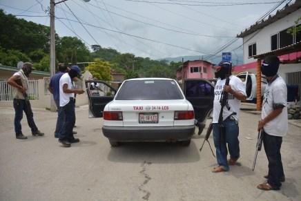 Comunicado Policía Comunitaria por Aquila libre y Grupo de Autodefensa