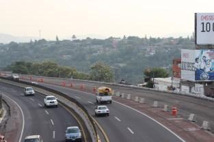 Comienzo de la ampliación de la autopista para conectar con la construcción del puente Apatlaco