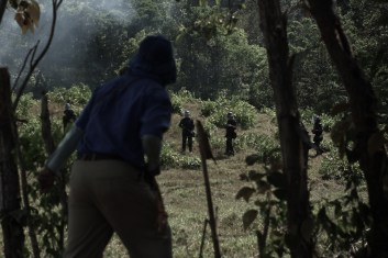 The N'Göbe clash with panamanian police, since 2012 four people have died. Chiriqui province, Panama (March 2013). Por Spike H. Rogers
