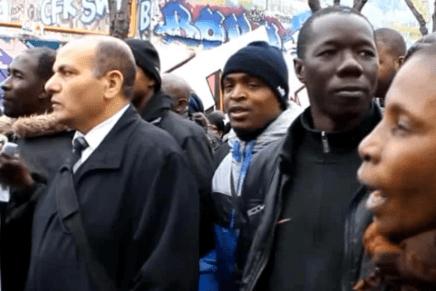 """""""Tod@s somos hij@s de migrantes"""": en Francia, el pueblo marcha por más justicia"""