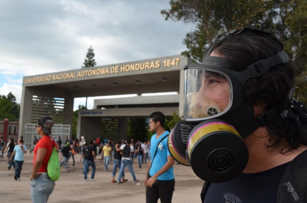 Estudiantes Protestan Fraude