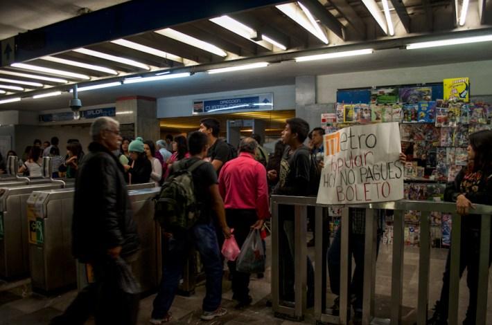 Metro Normal. Fotografía: Amaranta Marentes Orozco